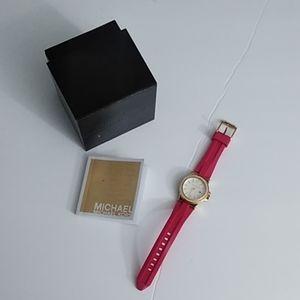 Michael Kors MK2488 Mini Dylan Pink Silicone Strap